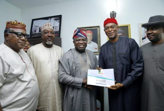 PHOTOS: Ambode seeks second term, picks APC nomination form