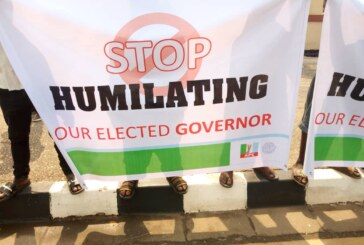 JUST IN: Gov. Ambode's Supporters Stage Protest At Lagos Assembly Over Impeachment Plans (PHOTOS)