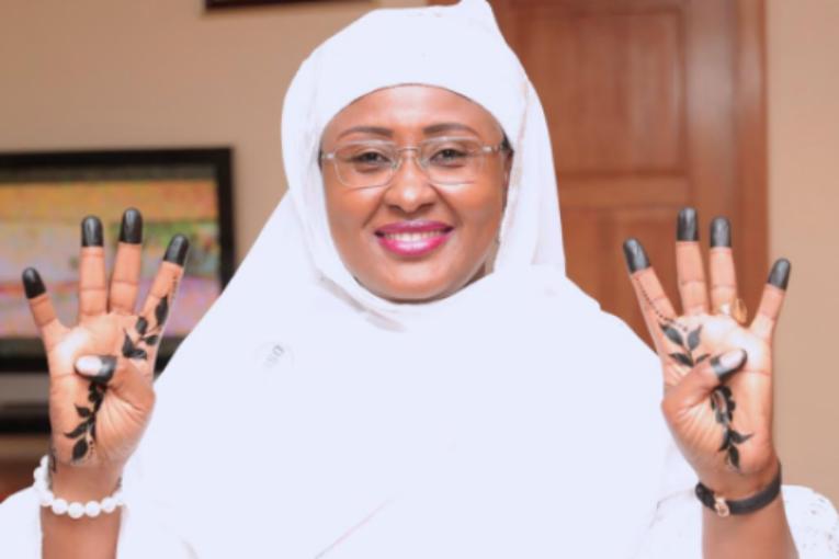Aisha-Buhari-44-Endorsement1-e1546592297949-653x365