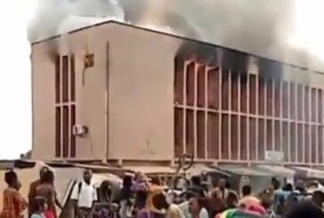 JUST IN: Fire Razes Sanwo Hospital In Ibadan