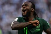 Chelsea's Victor Moses announces international retirement