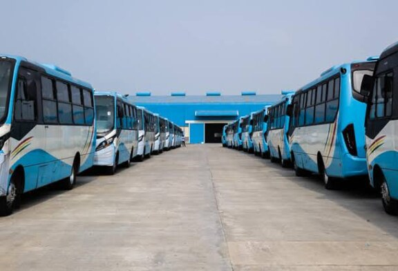 Residents Hail Ambode As Lagos Launches New Buses With Free Service On Five Routes